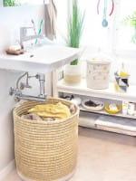 Afrikanischer Wäschekorb rund geflochten braun weiß