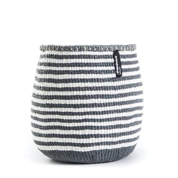Kiondo Korb S - Thin Stripes - Grau